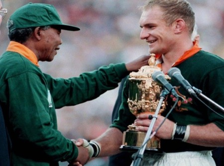 moment-history-pointing-way-forward-south-africa-mandela-hands-francois-pienaar-world-cup